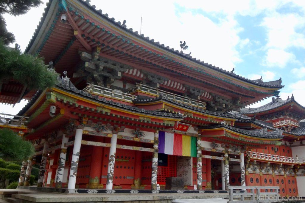 耕三寺の本堂
