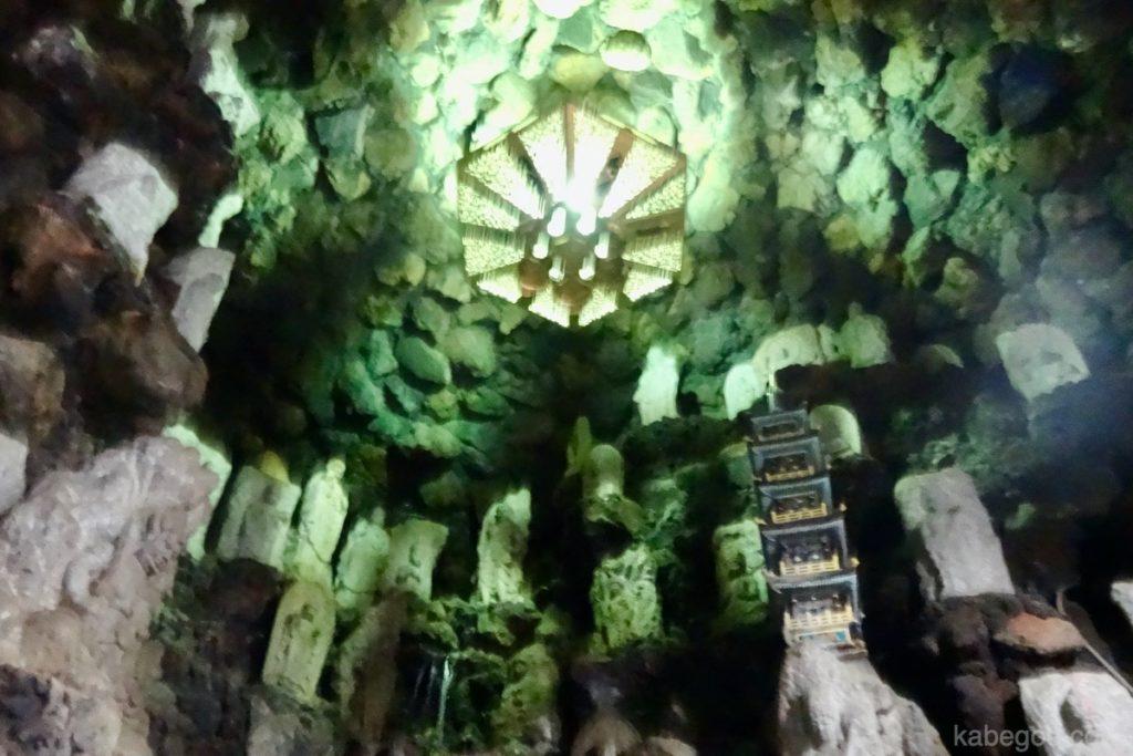 耕三寺の洞窟(千仏洞地獄峡)
