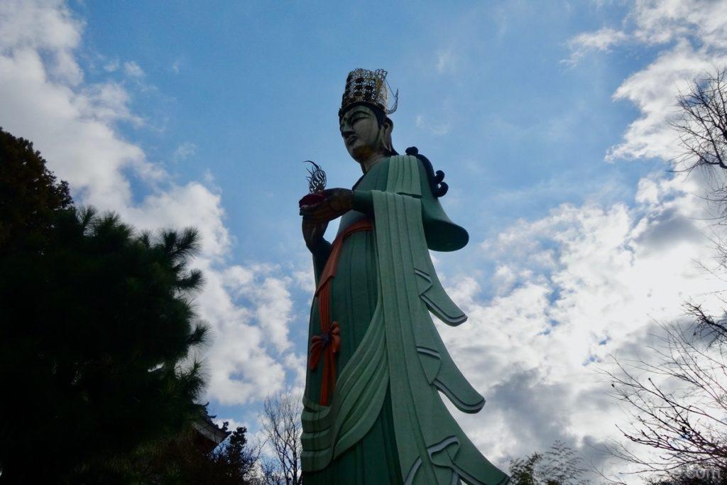 耕三寺の救世観音大尊像