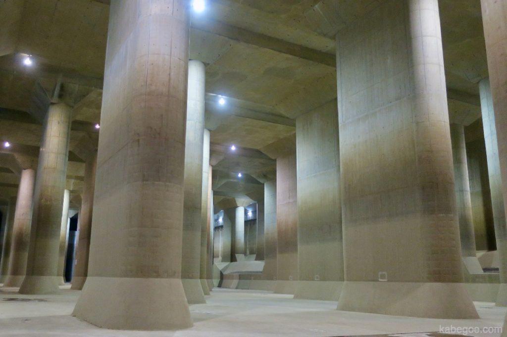 防災地下神殿の放水路