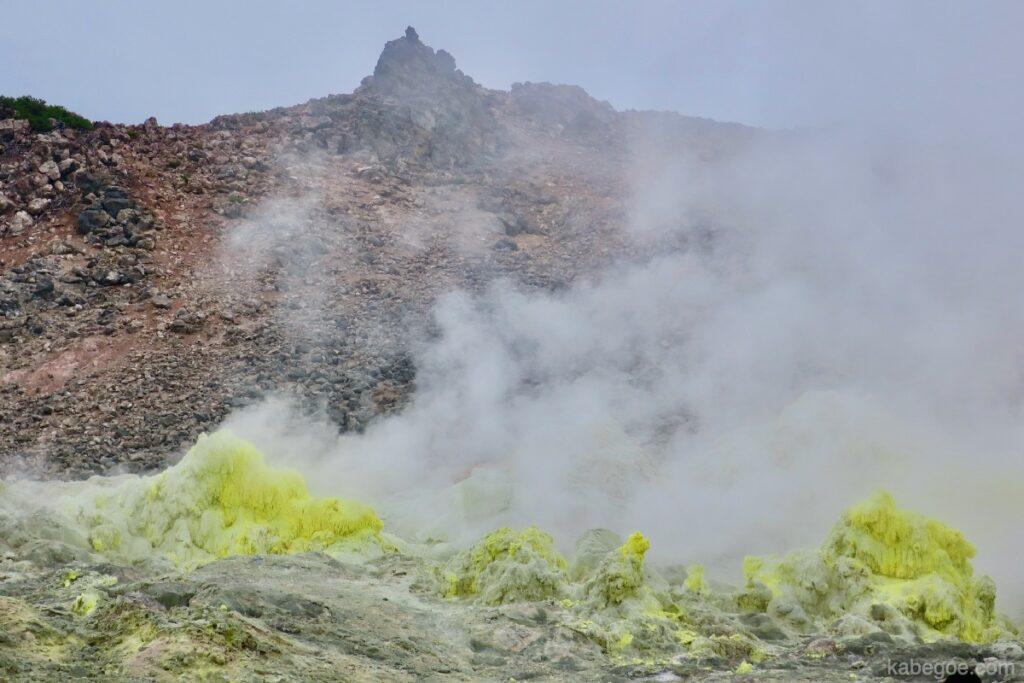 硫黄山(阿寒国立公園)の風景
