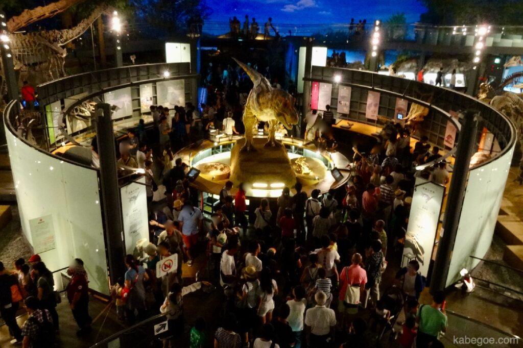 Kemacetan Museum Dinosaurus Fukui