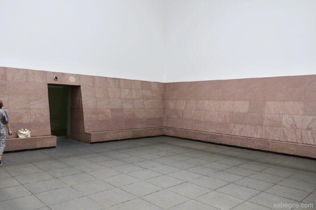 """21 -р зууны орчин үеийн урлагийн музейд """"Sblue Planet Sky (Зохиогч: Жеймс Туррелл)"""", Каназава"""
